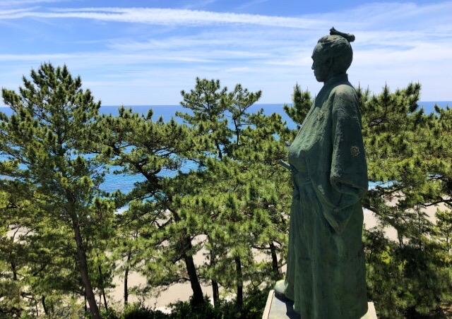 高知県の海と坂本龍馬