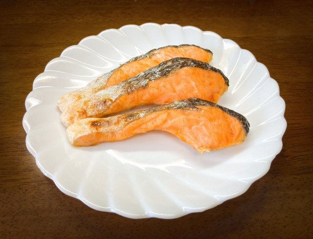 加熱した焼き魚